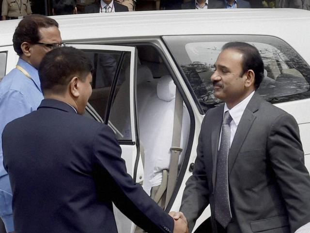 Pakistani Joint Investigation Team returning after their investigation inside Pathankot IAF base