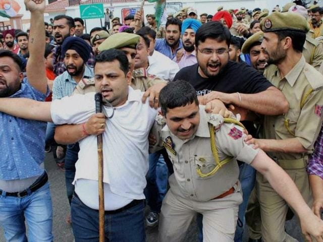 Family members of injured NIT Srinagar students hold a protest rally and demand security to students.