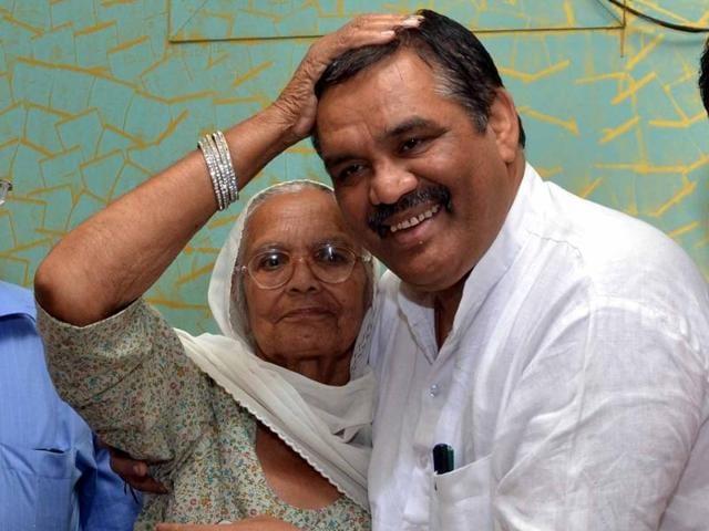 The new BJP chief Vijay Kumar Sampla
