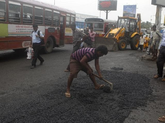 Apart from six contractors, who had bagged most of the road repair contracts in the past few years, sub engineers and chief engineers of the BMC may too face the heat.