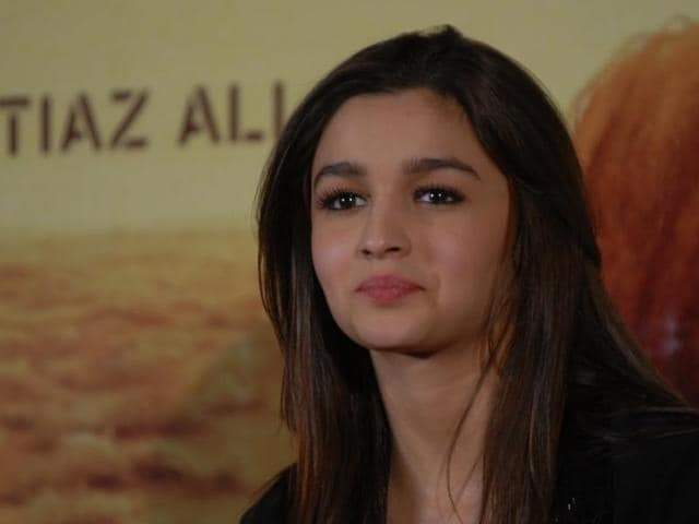 Alia Bhatt wants to buy a home in London for her mother, Soni Razdan.