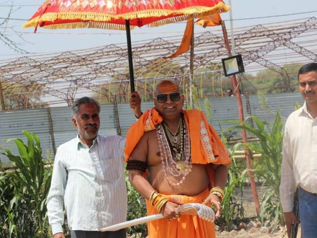 Avdhoot Baba, who is also known as Environment Baba, is doing his bit to conserve environment in the run-up to Simhastha.