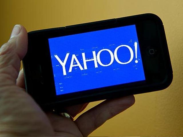 Verizon Communications Inc,Google,Yahoo bids