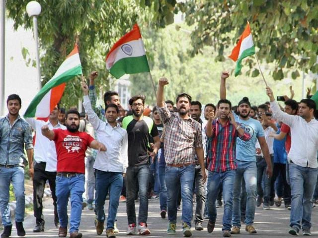 All about NIT Srinagar row,Students protest at NIT Srinagar,NIT Srinagar unrest