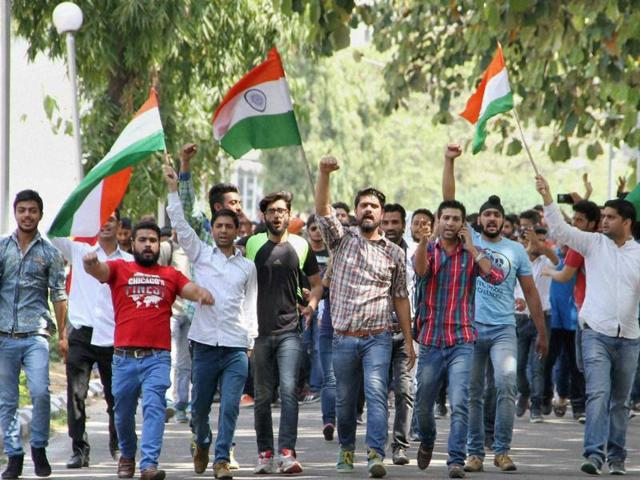 How national flag has become a rallying point in NIT Srinagar conflict
