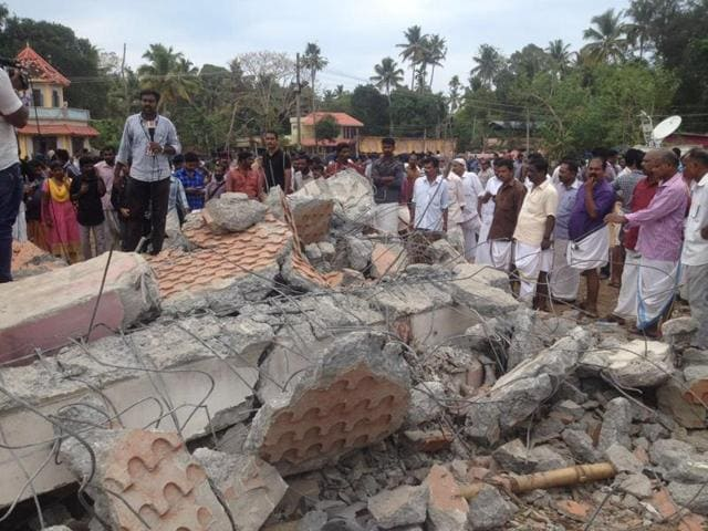 Kerala Temple fire,Puttingal,District Collector