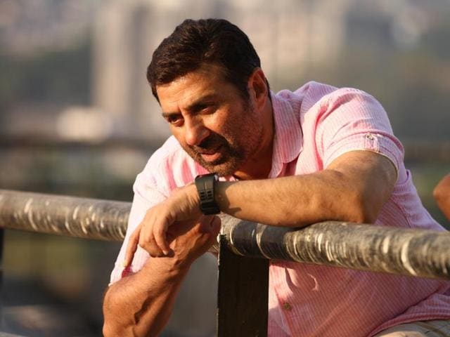 """""""I'm very happy that this radio station (Radio Nasha 91.9 FM) is dedicated to the songs of the '70s, '80s and the '90s,"""" says Sunny Deol, who will be heard on the newly launched radio station, as a special guest, for an entire week, starting today."""