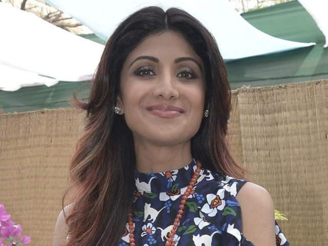Bollywood actor Shilpa Shetty Kundra has been signed as the new face for a hair oil brand that has been endorsed by superstars Shah Rukh Khan and Amitabh Bachchan in the past.