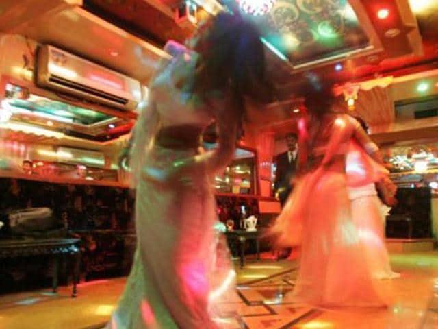 Mumbai,Maharashtra,Dance bars