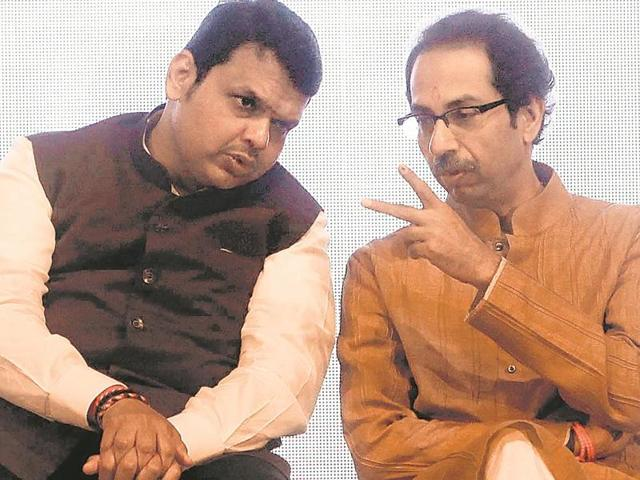 Shiv Sena chief Uddhav Thackeray (left) has now described Devendra Fadnavis (right) led BJP government in the state as a useless one.