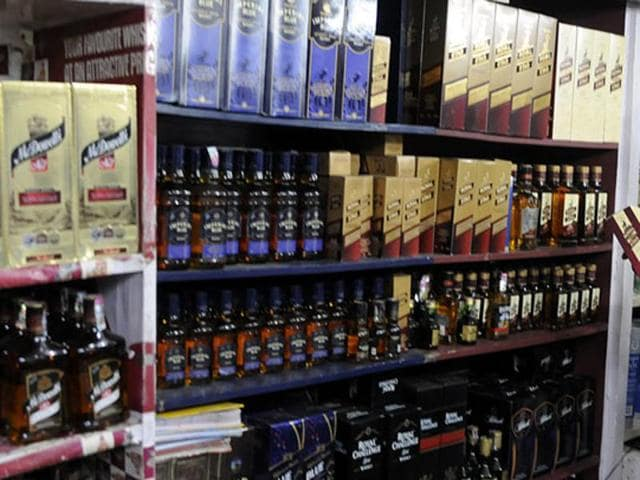 A Jharkhand minister demanded a ban on sale and consumption of liquor in the state.