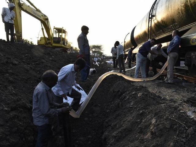 A special train carrying five lakh litres of water for the drought-hit Latur in Marathwada region, which is battling the worst drought ever, reached the destination after 18 hours on Tuesday morning.