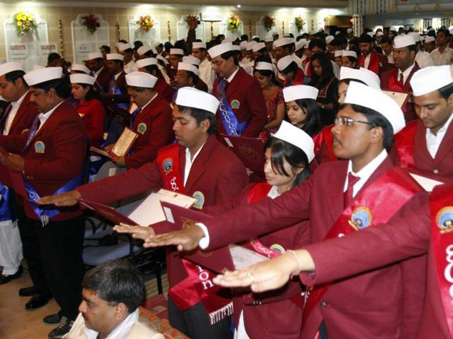 Maulana Azad National Institute of Technology,convocation dress code,Gandhi caps