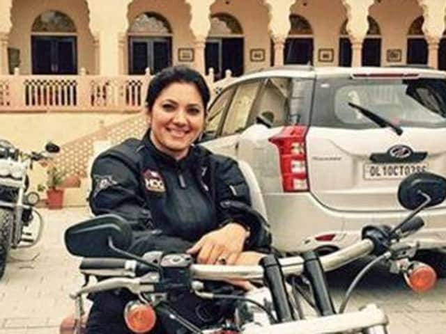 John Abraham paid tribute to Veenu Paliwal, one of India's leading bikers who died in a road accident on Monday.