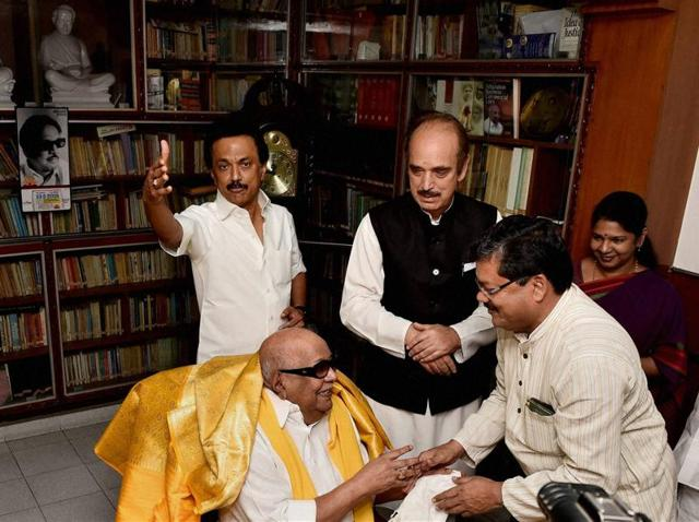 Congress leaders Ghulam Nabi Azad and Mukul Wasnik meeting with DMK chief M Karunanidhi at his residence in Chennai. Party treasurer Stalin (R) and Karunanidhi's daughter Kanimozhi (L) are also present.