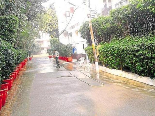 As per the directives, residents during mornings cannot water lawns and flower pots in houses, wash scooters, cars with pipe directly connected to the tap, wash courtyards, floorings, roads or use pressure pumps directly installed on the pipeline.