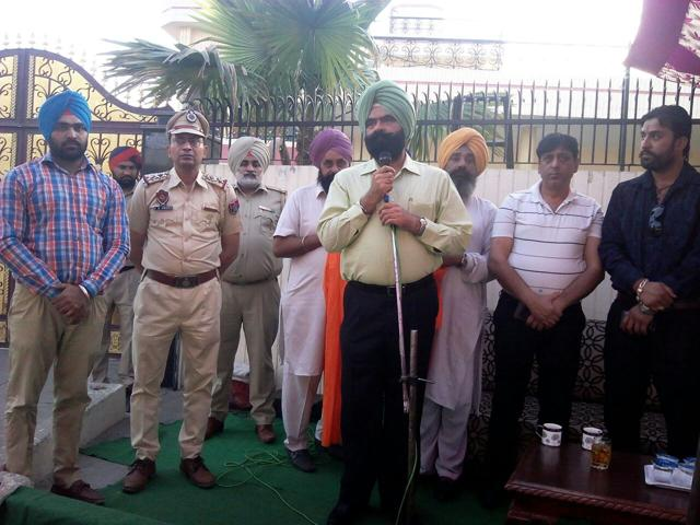Bhullar addressed public meetings and told people about the harmful effects of drugs. The drive was launched by Umranangal during his first meetings in Rurki and Panjoli Kalan villages after he joined as the IG of Patiala zone.