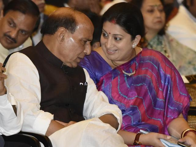 NIT Srinagar students met Union home minister Rajnath Singh and HRD minister Smriti Irani  in New Delhi on Wednesday over the unrest in the campus in Srinagar.