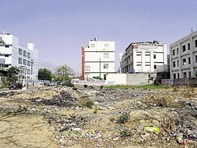 The Noida authority has decided to go tough on plot owners as plots lying vacant for years prove to be an eyesore in residential sectors.