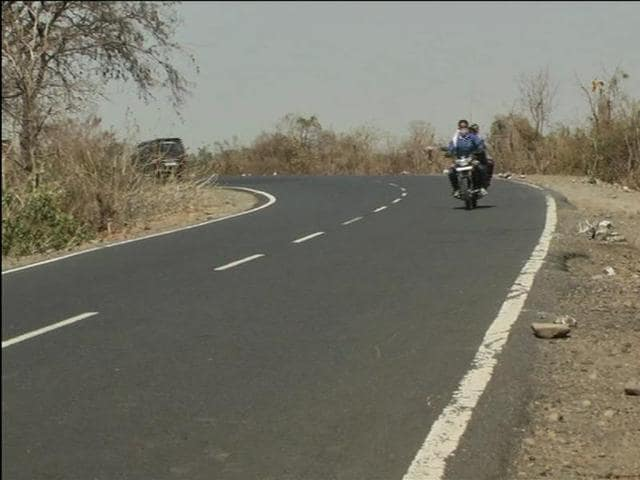 The sharp turn on NH-86 in MP's Vidisha district where Veenu Paliwal died in a road accident on Monday evening.
