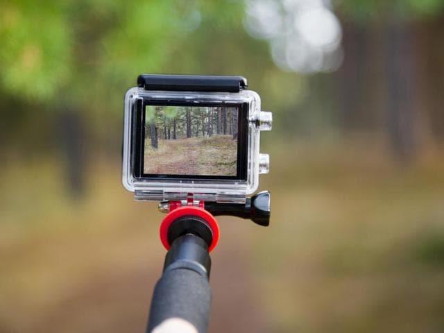 Brahmaputra Express,selfie,selfie deaths