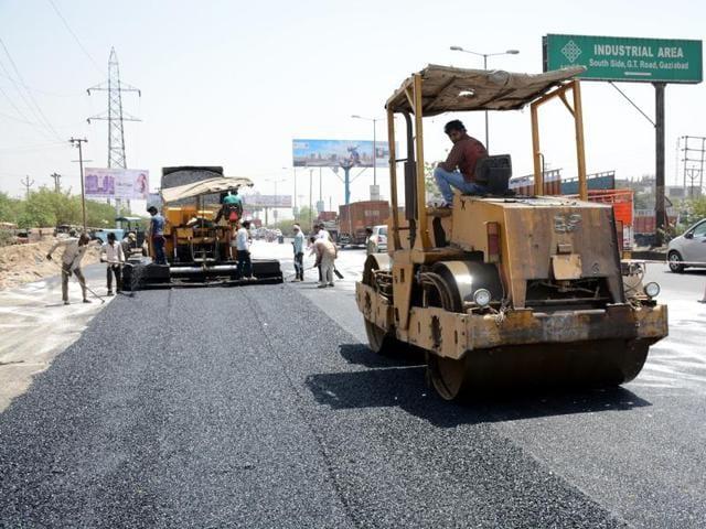 Highways ministry,Highway construction,Nitin gadkari