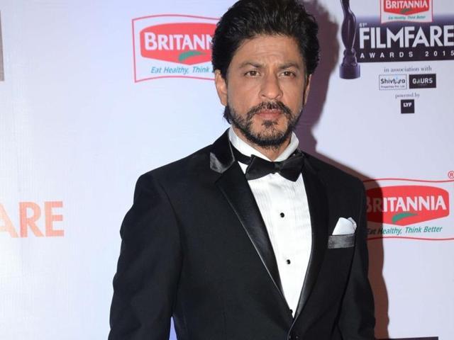 Shah Rukh Khan during the 61st Britannia Filmfare Awards in Mumbai on January 15, 2016.