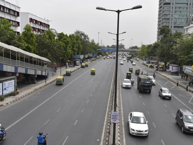 The Delhi Petrol Dealer Association on Friday dismissed a report that it is going on strike against the odd-even scheme, saying it stands with the government's initiative to reduce air pollution.