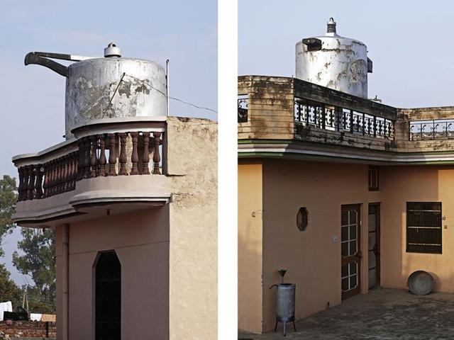 In Nawanshahr, the proud owner of a restaurant in New Zealand celebrated his success as a chef with a pressure cooker-shaped water tank back home. Soon, villagers in neighbouring villages started to copy it.(Rajesh Vora/PHOTOINK)