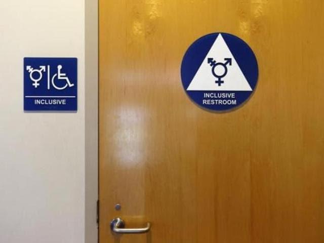 Gender-neutral washroom,Los Angeles,Transgender students