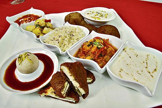 food poisoning,Khar police,Tardeo police