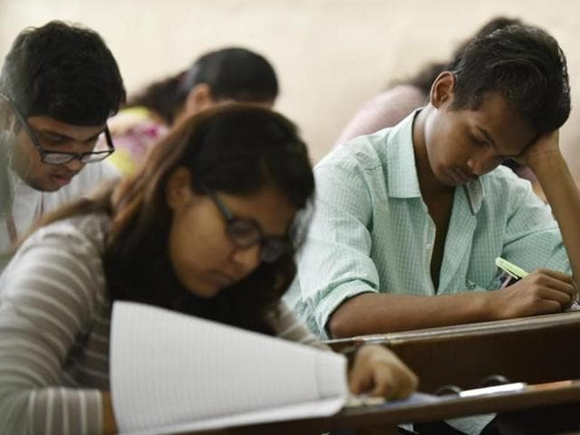 File photo of students filling up admission forms.  A DU committee has recommended only multiple-choice questions for PG admissions.