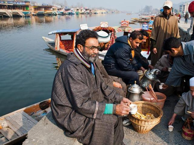 An interesting collection of essays that emerged from the Kehwa Talks series in Kashmir focuses on a range of subjects including religious nationalism, hydropower politics, and language and identity. In this photo: Tea shops are traditional venues for the exchange of ideas (and gossip).