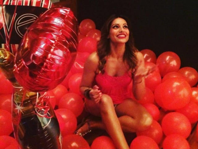 Bipasha shared photos of the bash on her Instagram, in which she was wearing a 'bride to be' sash, surrounded by flowers, balloons, friends and all the attention a future bride could ask for.