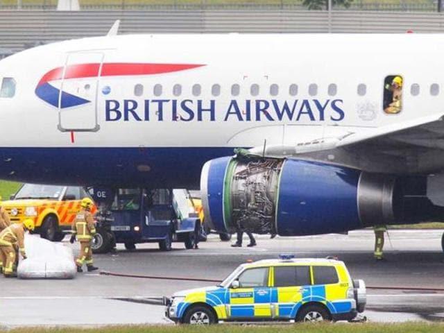 Dron hits British Airways plane