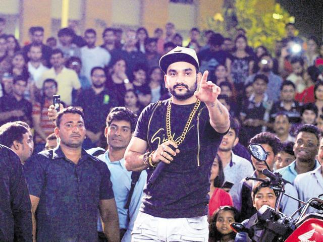 Haryanvi singer and rapper Fazilpuria performed at season 3 of Friday Jam in CyberHub.
