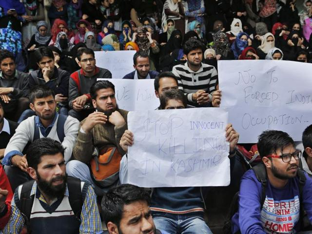 University of Kashmir students participate in a protest at the university campus against the recent deaths of civilians allegedly fired upon by Indian security forces during recent protests, in Srinagar, India, Monday, April 18, 2016.(AP)