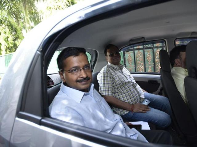 Delhi Chief Minister Arvind Kejriwal on Monday carpooled with transport minister Gopal Rai to reach his office, as the second phase of  the odd-even scheme came under real test with reopening of offices, schools and other institutions after the extended weekend.