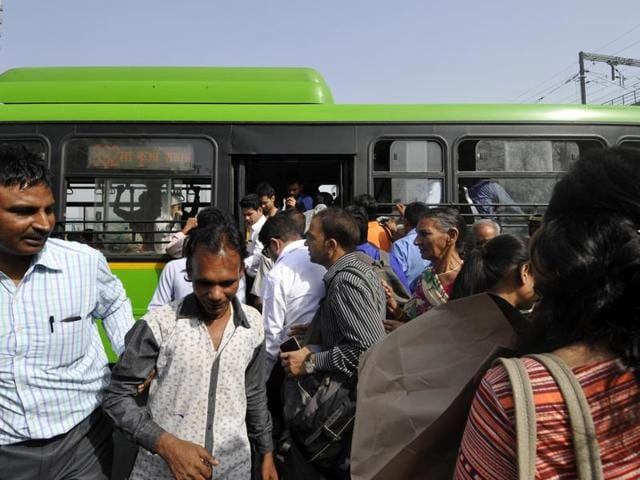 Delhi Transport Corporation will ply 50 buses on routes reaching Noida, UP will provide 10 additional buses to Delhi.