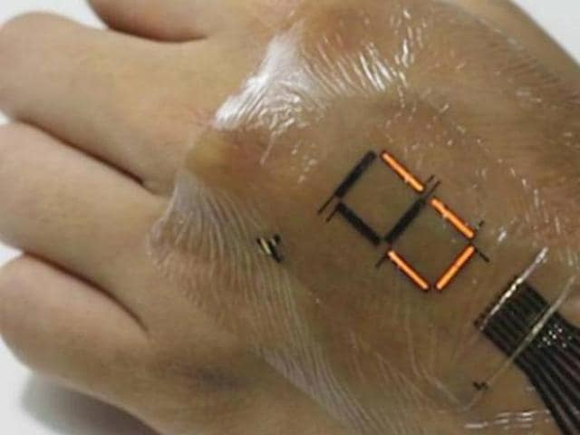 Professor Takao Someya and Tomoyuki Yokota developed a high-quality protective film less than two micrometers thick that enables the production of ultrathin, ultraflexible, high performance wearable electronic displays and other devices