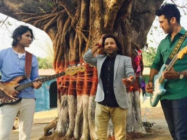 Kailash Kher during the shoot of his latest song, Ishq Anokha.