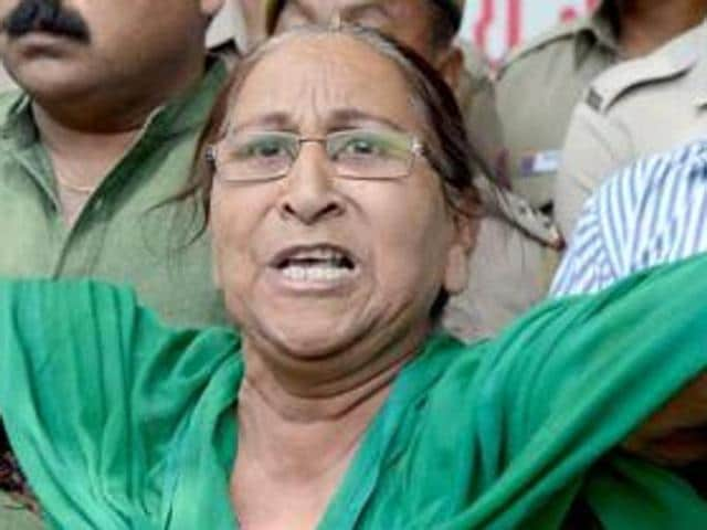 Dalbir Kaur, sister of Sarabjit Singh, who died in Lahore's Kot Lakhpat jail three years ago, on Tuesday claimed that as many as 11 Indian prisoners in Lahore jails are in danger.