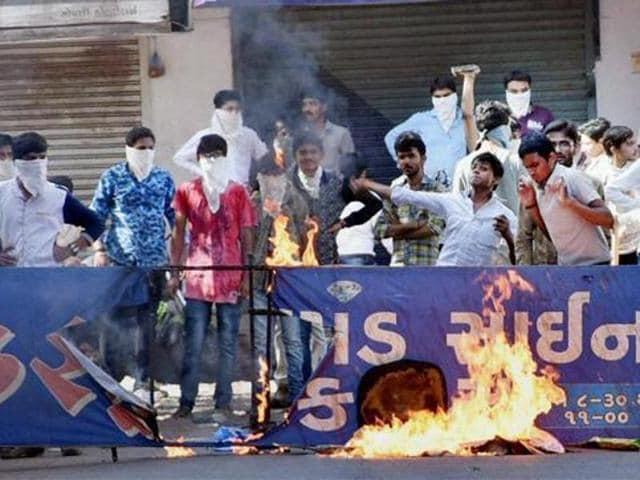 Members of the Patidar community protest during their 'Jail Bharo Andolan', demanding release of their leader Hardik Patel.