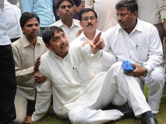 Himanshi murder case,BSP MP Narendra Kashyap,Hiralal Kashyap