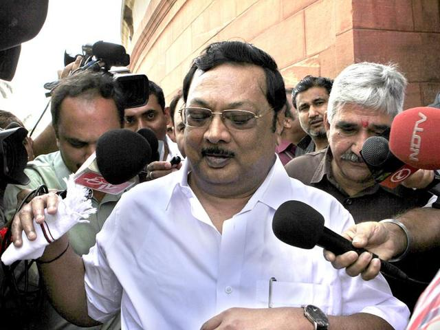 A file photo of former DMK leader MK Alagiri outside of Parliament House, New Delhi.(HT File Photo)