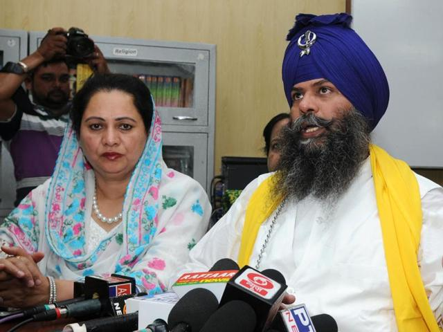 The chairman of Budha Dal Public School, Balbir Singh, addressing a press conference on the school premises in Patiala on Tuesday.