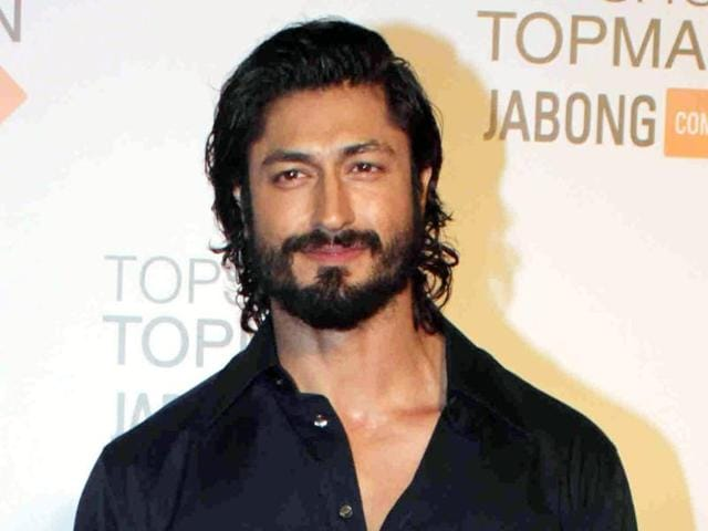 Actor Vidyut Jamwal says that he wants to take up a drama soon.
