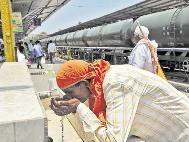 Water shortage could lead to Aurangabad's industrial, trade hub closing in 10 days.