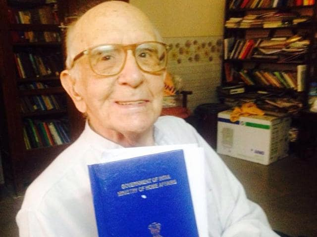 Spanish Jesuit  priest  Father Federico Gussi Sopena has become an Indian citizen at the age of 90, after a wait of almost  four decades.