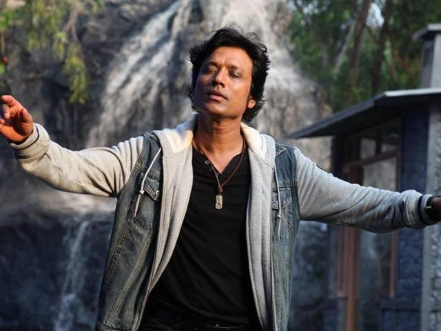 SJ Suryah was suggested by director Murugadoss.